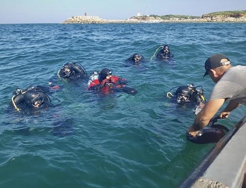 Propulsores acuáticos para vigilar el alga asiática en las almadrabas